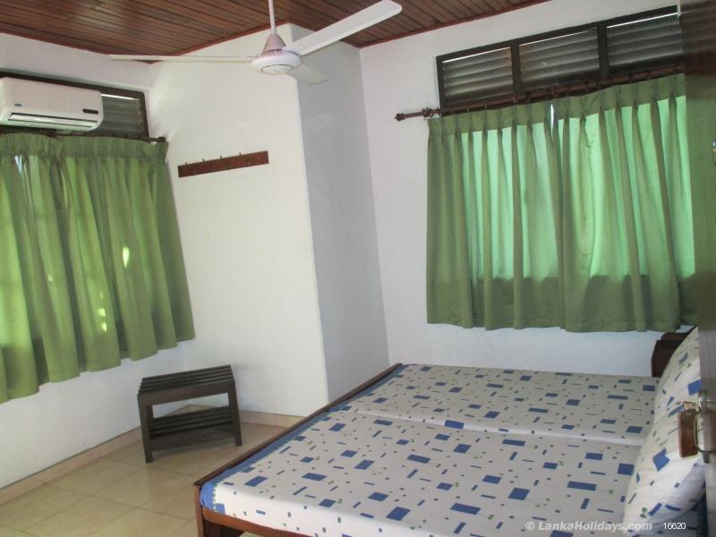 Mount Lavinia holiday Guest House