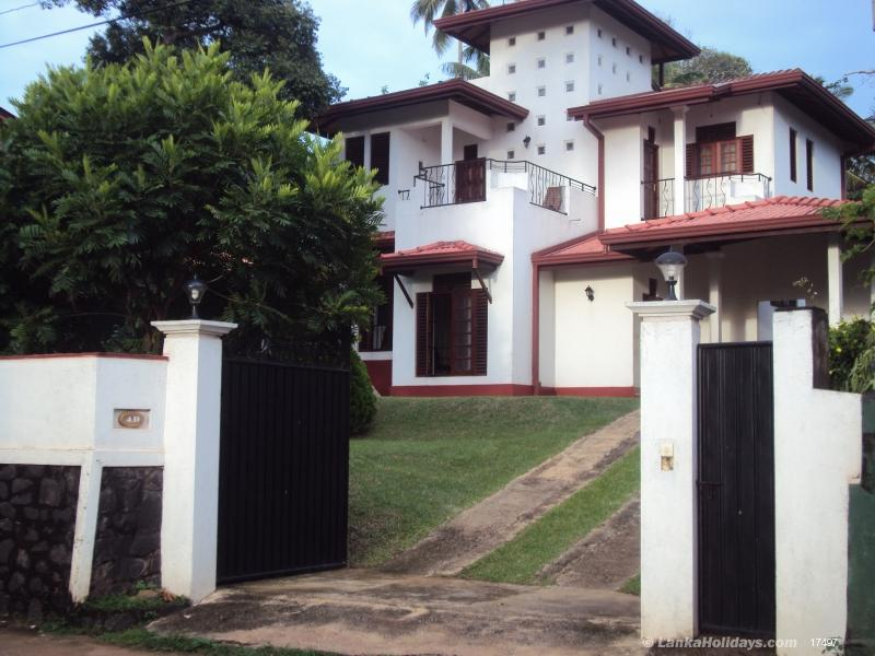 Hikkaduwa holiday Home Stay