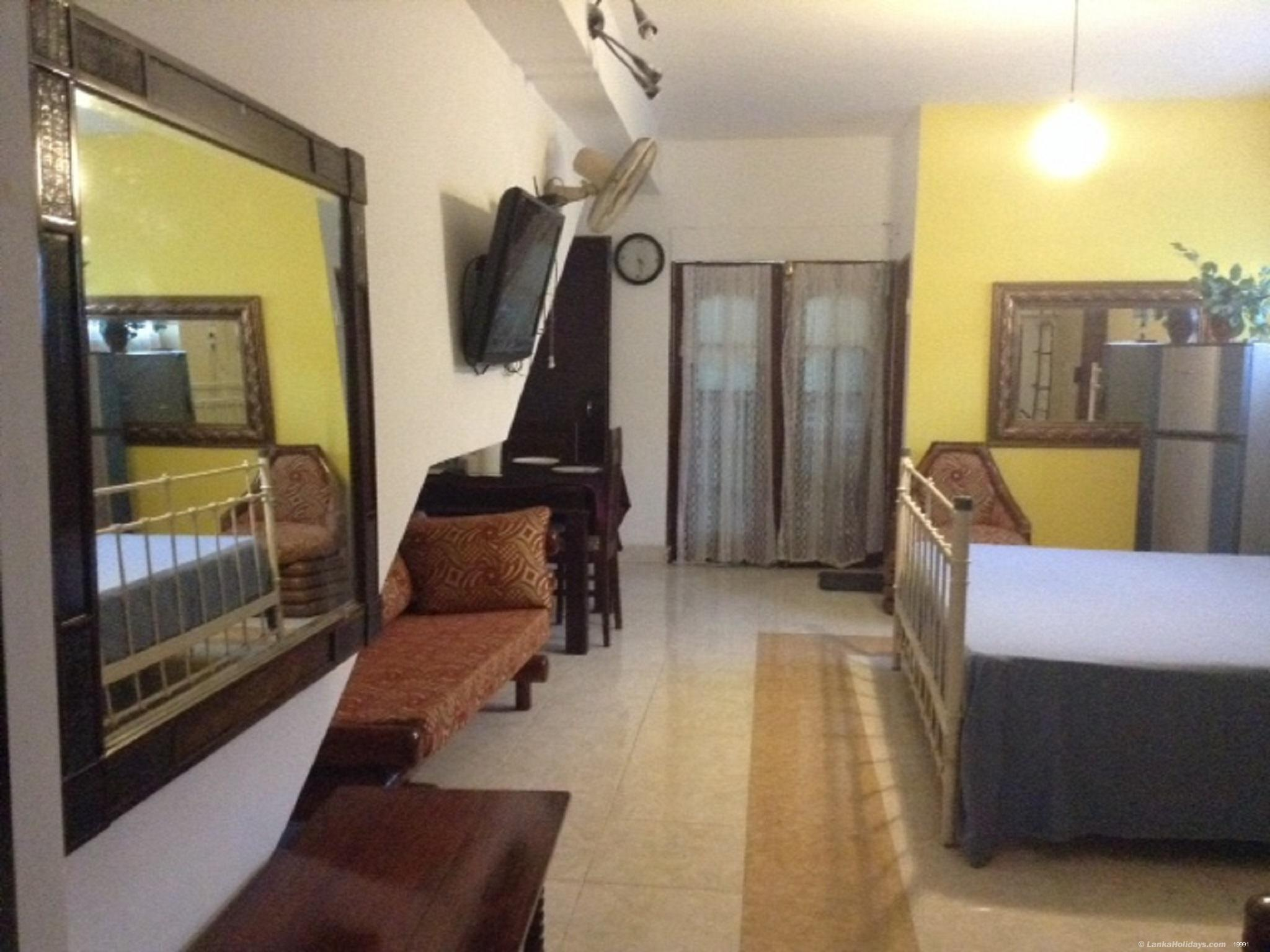 Ratmalana holiday Room
