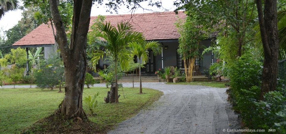 Habarana holiday Villa