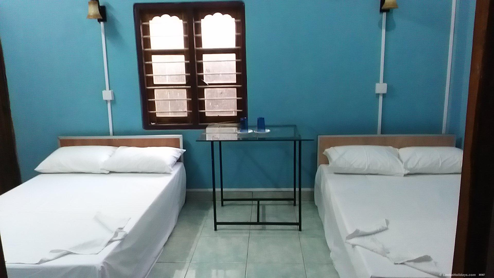 Trincomalee holiday Room